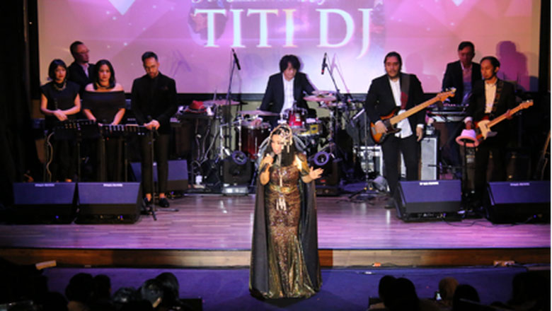 Titi DJ Gelar Konser An Intimate Night